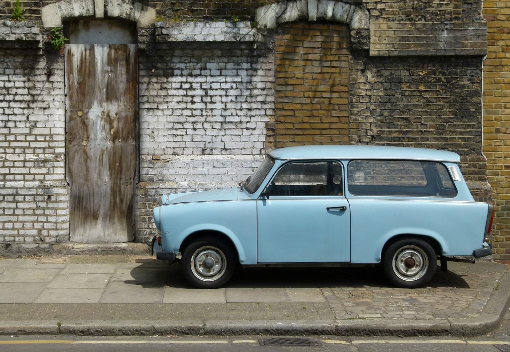 DDR Icon Blue Trabant