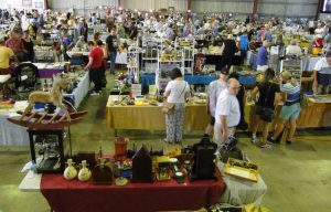 Central Coast Antique Collectable Fair @ Wyong Racecourse Wyong NSW  | Wyong | New South Wales | Australia